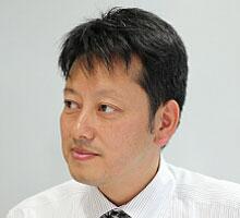 「クライアントソフトをインストールしなくても、手軽に利用できるV-CUBE ミーティングを選択しました。」 (新垣氏)