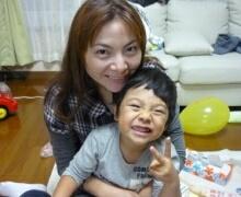 「周産期医療支援システム」により妊婦健診を受け、出産をした長谷川寛夏さんと千響ちゃん(写真提供:長谷川寛夏さま)