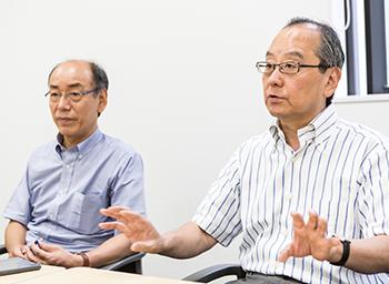 櫻井氏(右)と宗重氏(左)