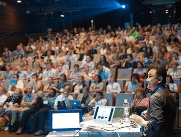 医師向け全国版Web講演会の開催